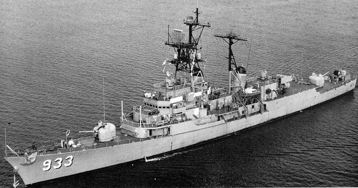 USS_Barry